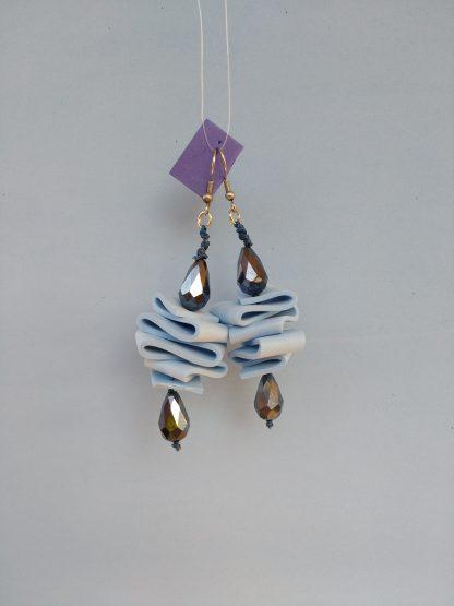 Orecchini Pendenti in Gomma Crepla Azzurra con Perle, Bigiotteria Artigianale