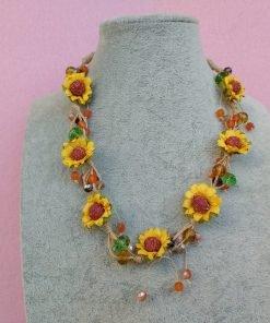 Collana con Fiori Girasole in Carta e Perle, Bigiotteria Artigianale