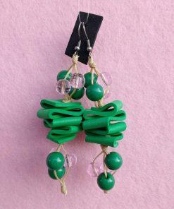Orecchini Pendenti in Gomma Crepla Verde con Perle, Bigiotteria Artigianale