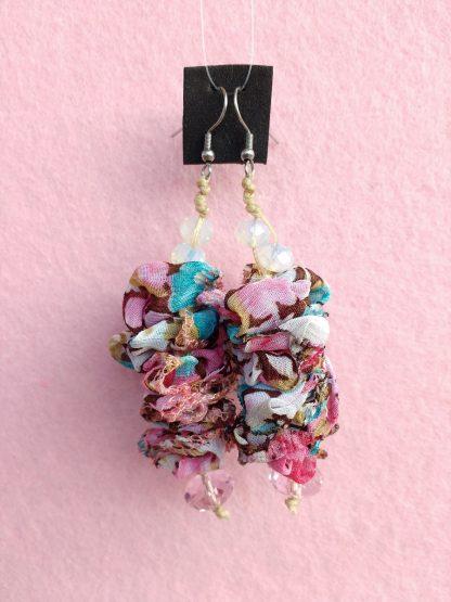 Orecchini Pendenti in Organza Rosa, Turchese e Bianca con Perle, Bigiotteria Artigianale
