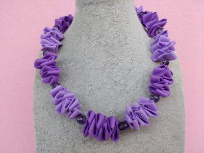 Collana in Gomma Crepla Viola con Perle, Bigiotteria Artigianale