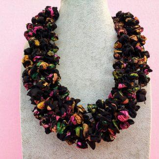 Collana Multifilo in Organza Nera, Arancione, Verde e Rosa