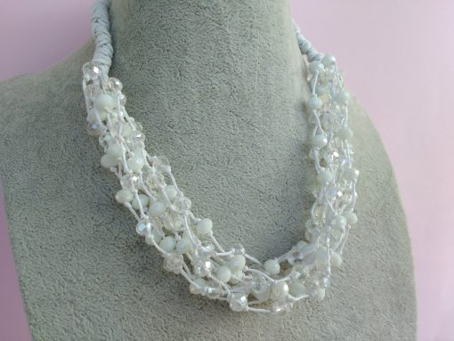 Collana Multifilo di Perle Bianche in Mezzo Cristallo, Bigiotteria Artigianale