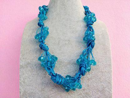 Collana di Perle in Mezzo Cristallo Azzurro Turchese