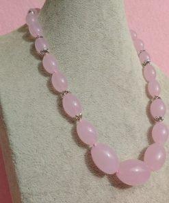 Collana di Quarzo Rosa, Pietra
