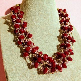Collana Multifilo di Perle in Mezzo Cristallo
