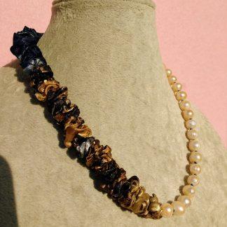 Collana di Perle di Fiume e Seta