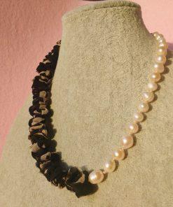 Collana in Perle di Fiume con Organza