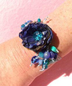 Bracciale con Fiore Blu Artigianale per Damigella