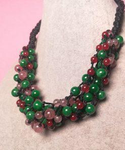 Collana Colorata Multifilo con Pietre Dure di Giada Verde, Quarzo Fragola e Agata Rossa con Cordino Nero