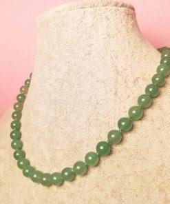 Girocollo di Avventurina Verde con Cordino Verde, Elegante, Semplice ed Artigianale