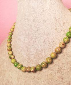 Girocollo di Diaspro Imperiale Verde con Sedimenti, con Cordino Verde, Elegante, Semplice ed Artigianale